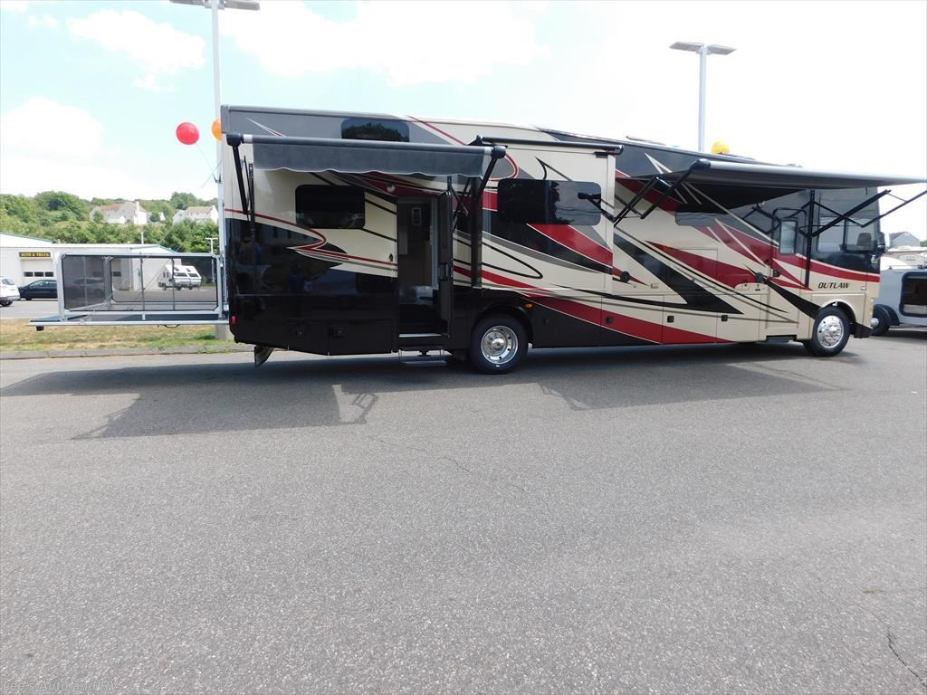 2014 Thor Rv Outlaw 37md For Sale In Ellington Ct 06029