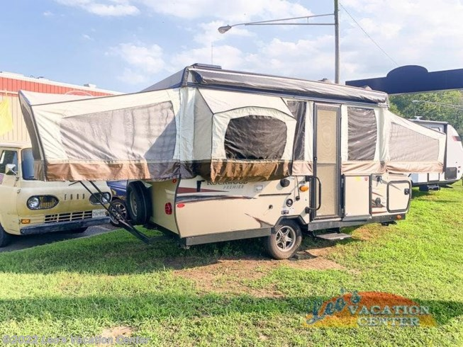 Used 2018 Forest River Rockwood Premier 2514G available in Gambrills, Maryland