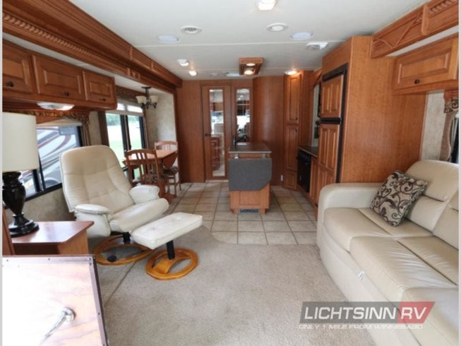 2009 Damon Challenger Platinum Edition 378 - Used Class A For Sale by Lichtsinn RV in Forest City, Iowa features Slideout