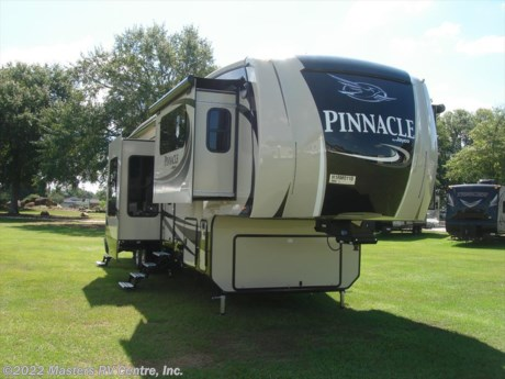 <p>Brand Jayco Pinnacle Front Living</p>