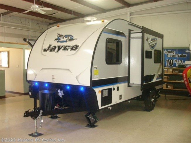 2017 Jayco Hummingbird 17RB - New Travel Trailer For Sale by Masters RV Centre, Inc. in Greenwood, South Carolina features 30 Amp Service, Air Conditioning, AM/FM/CD, Auxiliary Battery, Awning, Black Tank Flush, Bluetooth Stereo, Booth Dinette, Cable Prepped, CD Player, CO Detector, Detachable Power Cord, DVD Player, Electric Jack, Exterior Speakers, External Shower, Fiberglass Sidewalls, Fire Extinguisher, Furnace, LED HDTV, LED Lights, Leveling Jacks, LP Detector, Microwave, Oven, Pleated Shades, Power Awning, Propane, Queen Bed, Queen Mattress, Refrigerator, Removable Table, Sewer Hose & Carrier, Slideout, Smoke Detector, Stabilizer Jacks, Stove Top Burner, Tinted Windows, TV, TV Antenna, Water Heater