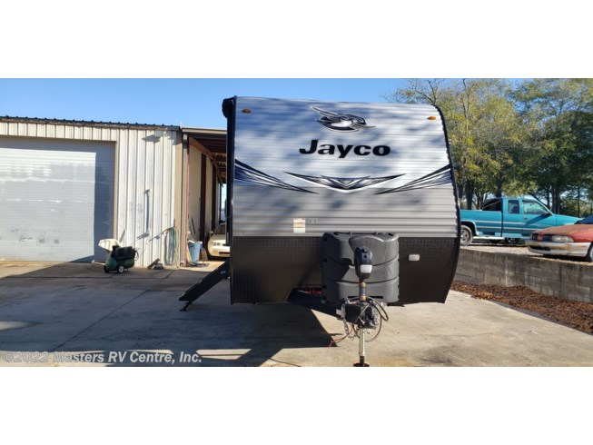 2021 Jayco Jay Flight 24RBS - New Travel Trailer For Sale by Masters RV Centre, Inc. in Greenwood, South Carolina features Medicine Cabinet, Battery Charger, Non-Smoking Unit, Roof Vents, Furnace