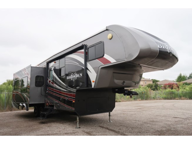 Used 2012 Heartland Bighorn TI32 available in Fort Worth, Texas