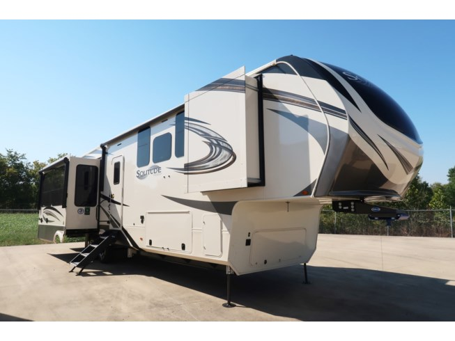 New 2021 Grand Design Solitude 372WB-R available in Fort Worth, Texas