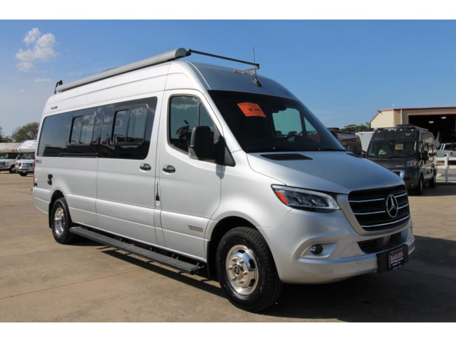 New 2020 Winnebago Boldt 70KL available in Corinth, Texas
