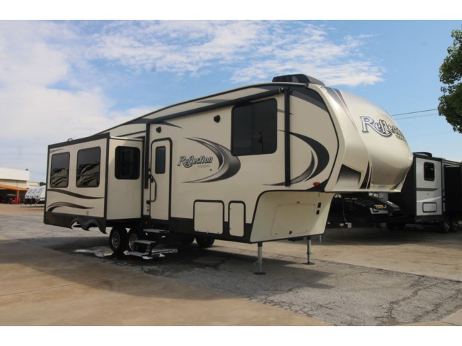 Used 2019 Grand Design Reflection 150 295RL available in Corinth, Texas