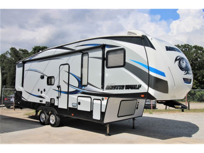 Used 2019 Forest River Cherokee 265BH available in Corinth, Texas