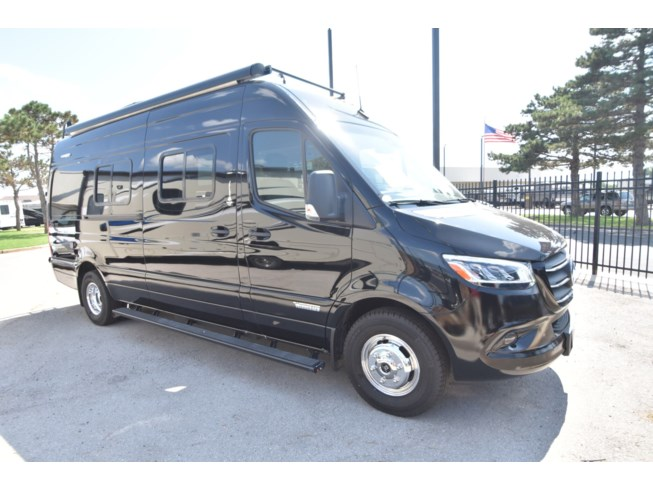 New 2020 Winnebago Boldt 70KL available in Oklahoma City, Oklahoma