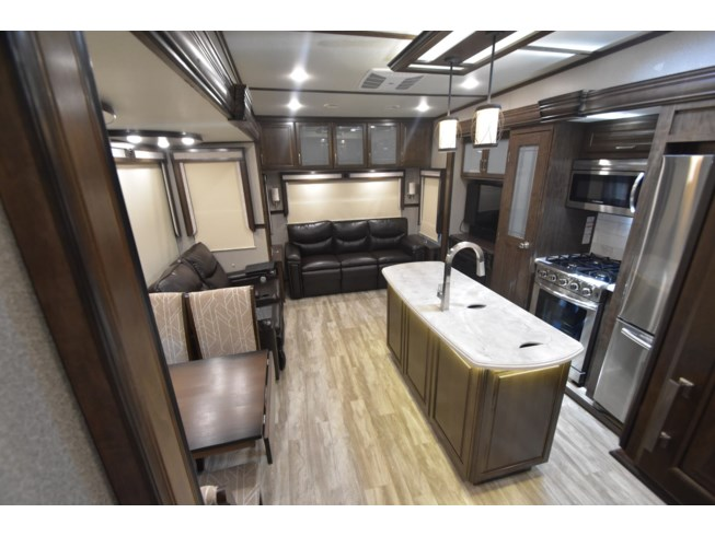 New 2021 Grand Design Solitude 377MBS-R available in Oklahoma City, Oklahoma