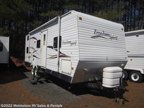 Used 2008 Dutchmen Freedom Spirit 260BDS For Sale by Mekkelsen RV Sales & Rentals available in East Montpelier, Vermont