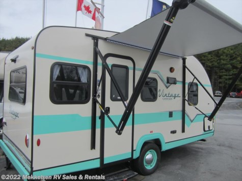 New 2017 Gulf Stream Vintage Cruiser 17RWD For Sale by Mekkelsen RV Sales & Rentals available in East Montpelier, Vermont
