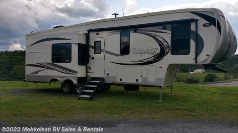 New 2018 Palomino Columbus Compass 298RLC For Sale by Mekkelsen RV Sales & Rentals available in East Montpelier, Vermont
