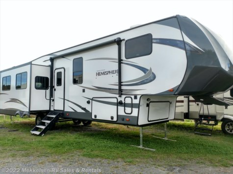 New 2018 Forest River Salem Hemisphere Lite 337BAR For Sale by Mekkelsen RV Sales & Rentals available in East Montpelier, Vermont