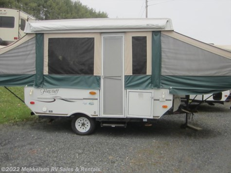 Used 2006 Forest River Flagstaff 720tl For Sale by Mekkelsen RV Sales & Rentals available in East Montpelier, Vermont