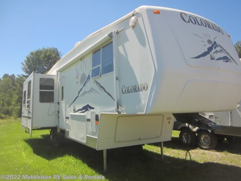 Used 2004 Dutchmen Colorado 33RL For Sale by Mekkelsen RV Sales & Rentals available in East Montpelier, Vermont