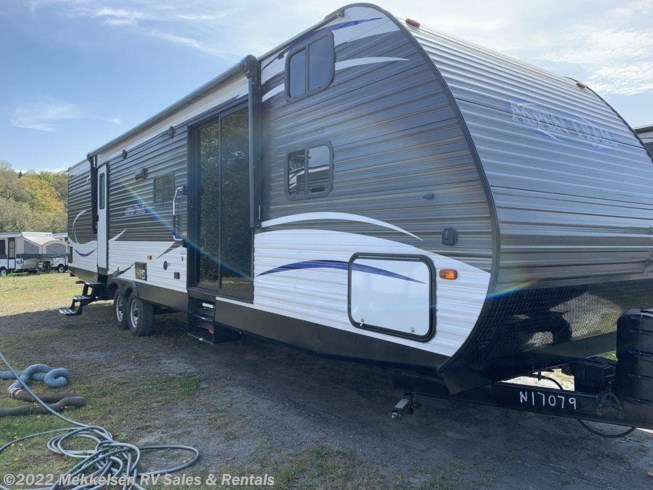 Used 2018 Dutchmen Aspen Trail 3600QBDS available in East Montpelier, Vermont