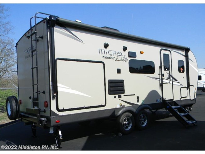 2021 Flagstaff Micro Lite 25BDS by Forest River from Middleton RV, Inc. in Festus, Missouri