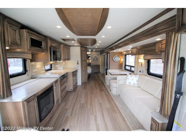2019 Ventana LE 3709 by Newmar from Midway RV Center in Grand Rapids, Michigan