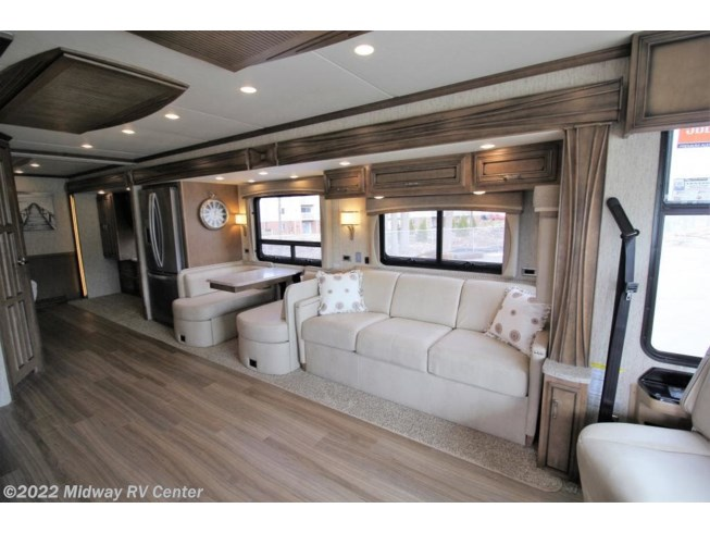 New 2019 Newmar Ventana LE 3709 available in Grand Rapids, Michigan