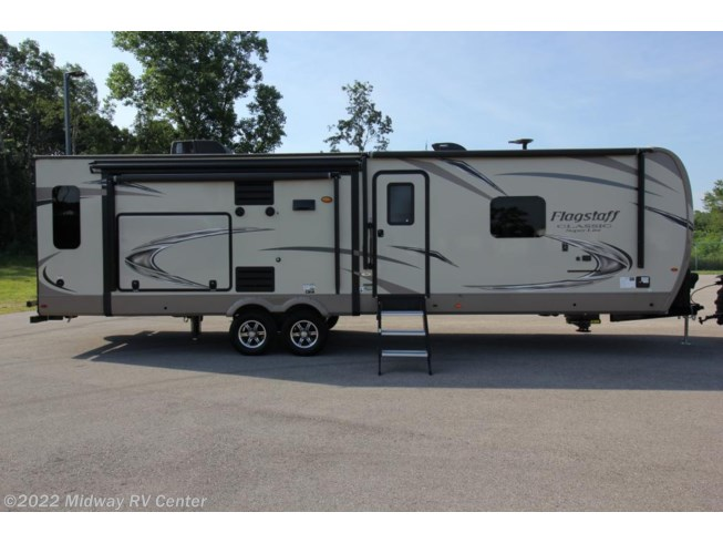 Used 2018 Forest River Flagstaff Classic Super Lite 832OKBS available in Grand Rapids, Michigan