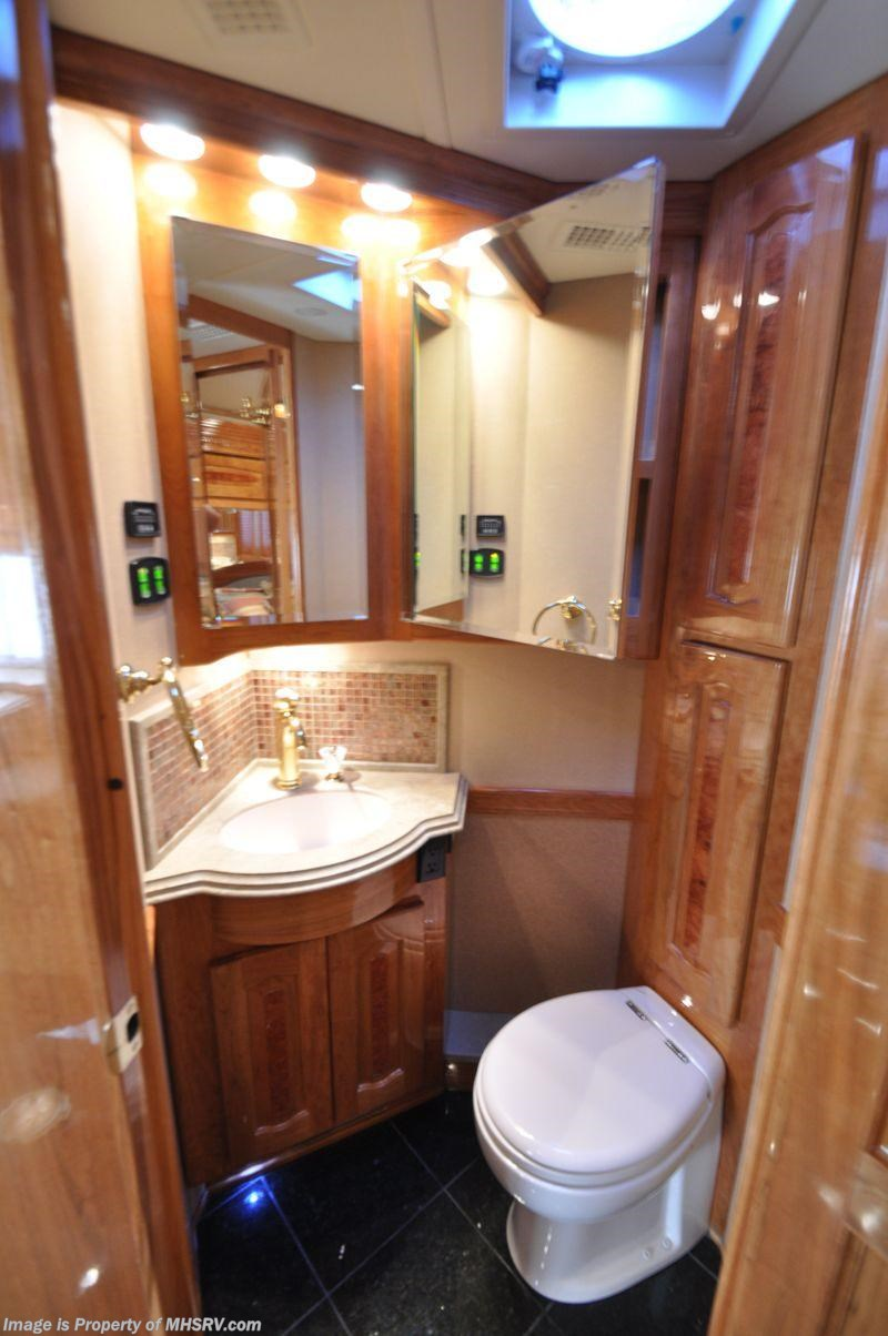 2008 Beaver RV Marquis Luxury Diesel RV (Amethyst IV) Bath ...