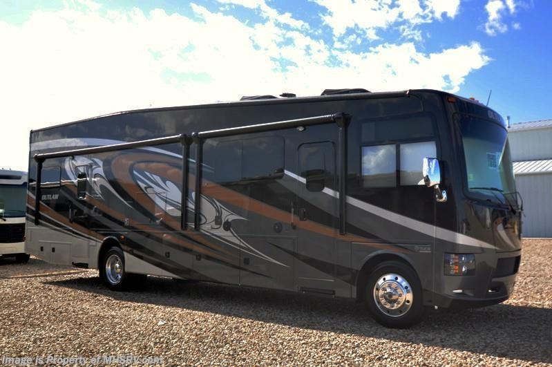 New 2017 Thor Motor Coach Outlaw