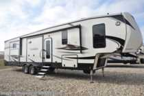 2018 Heartland RV ElkRidge 38RSRT Bunk Model W/2 Full Baths, 2 A/Cs, Jacks
