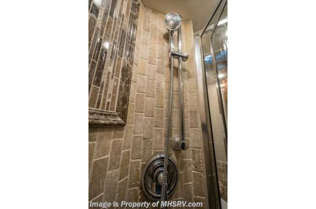 New 2019 Foretravel Realm FS6 Luxury Villa Bunk (LVB) 2 Full Baths NEW!