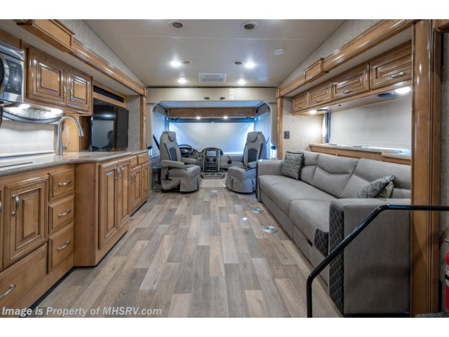 2019 Outlaw 37GP by Thor Motor Coach from Motor Home Specialist in Alvarado, Texas