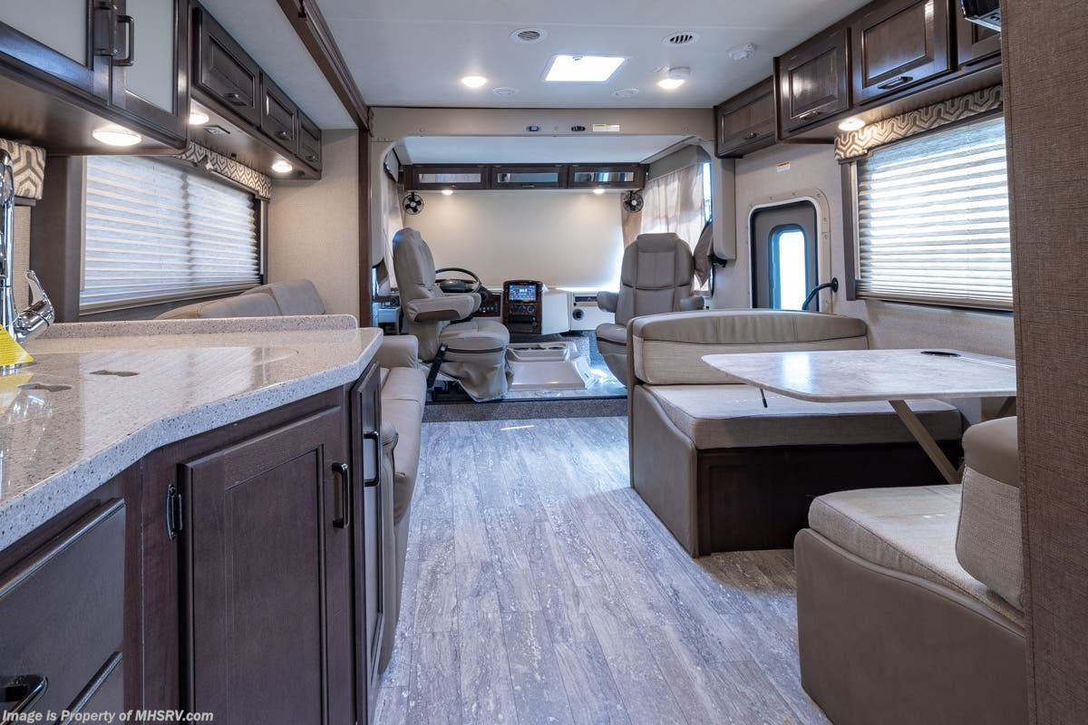 2019 Thor Motor Coach Rv Hurricane 29m For Sale W 55kw Gen 2 A Motorhome Wiring Diagram Previous