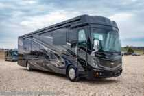 2019 Fleetwood Discovery LXE 40D Bath & 1/2 Luxury Diesel RV W/Theater Seats