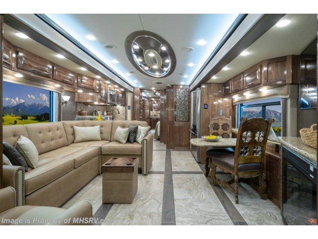 2020 Foretravel Realm FS6 Luxury Villa 3 (LV3) Bath & 1/2 Model - New Diesel Pusher For Sale by Motor Home Specialist in Alvarado, Texas features Bath & 1/2