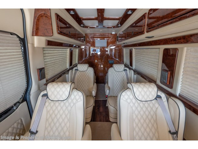 New 2020 American Coach Patriot Cruiser D6 available in Alvarado, Texas