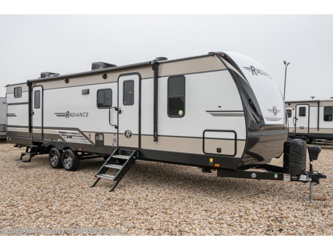 New 2020 Cruiser RV Radiance Ultra-Lite 30DS available in Alvarado, Texas