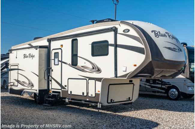 2017 Forest River Blue Ridge 2910SK W/ Gen, Auto Leveling, Washer/Dryer