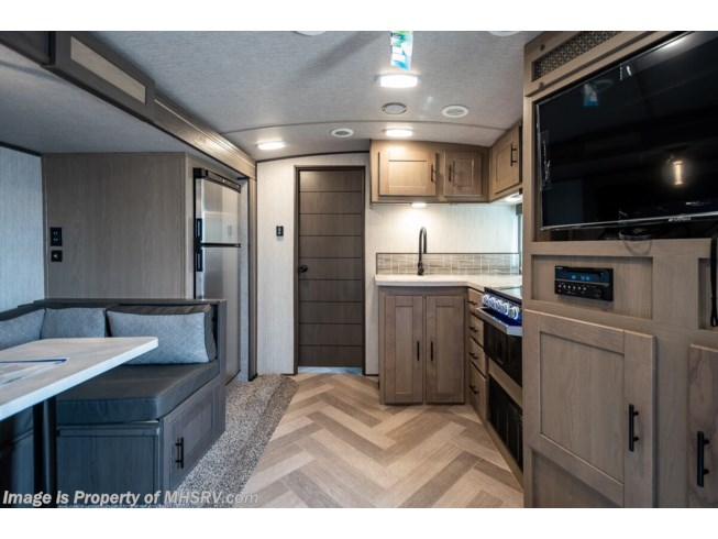 2021 Cruiser RV Twilight TWS 2500 - New Travel Trailer For Sale by Motor Home Specialist in Alvarado, Texas features Theater Seating