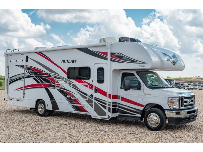New 2021 Thor Motor Coach Outlaw 29S available in Alvarado, Texas