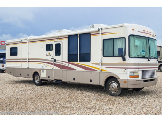 Used 2001 Fleetwood Bounder 36U available in Alvarado, Texas