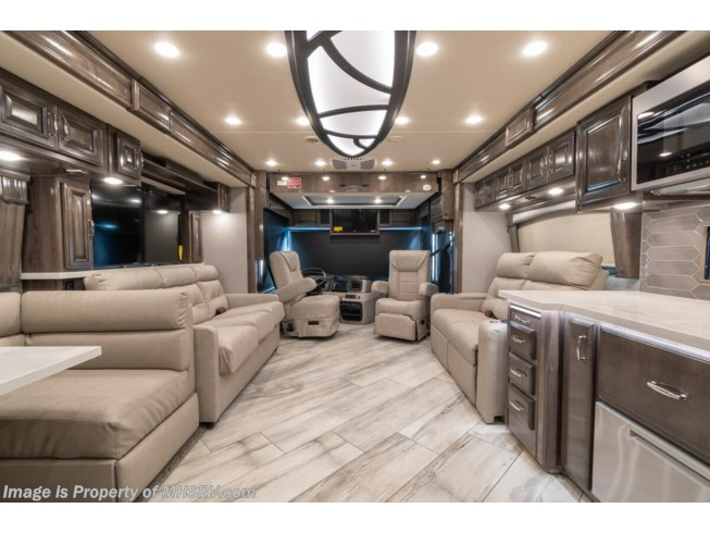2021 Fleetwood Discovery 38W - New Diesel Pusher For Sale by Motor Home Specialist in Alvarado, Texas features Theater Seating, Bath & 1/2