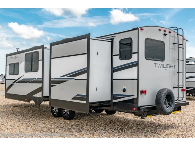 2021 Twilight TWS 3300 by Thor Motor Coach from Motor Home Specialist in Alvarado, Texas