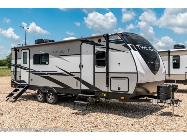 New 2021 Thor Motor Coach Twilight TWS 2400 available in Alvarado, Texas