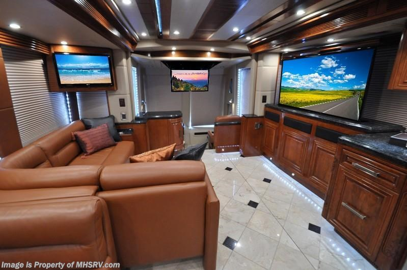 2015 prevost rv h3 45 quad slide by outlaw coach for sale for Million dollar motor coaches