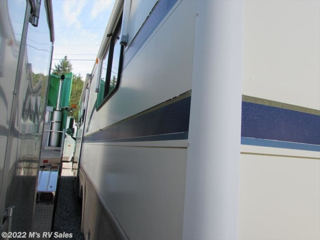 1998 Bounder 34 by Fleetwood from M's RV Sales in Berlin, Vermont
