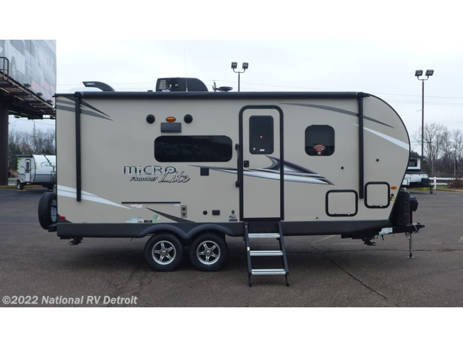 2020 Forest River Flagstaff Micro Lite 21DS - New Travel Trailer For Sale by National RV Detroit in Belleville, Michigan