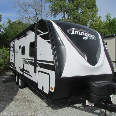 Used 2020 Grand Design Imagine 2150RB available in Louisville, Tennessee