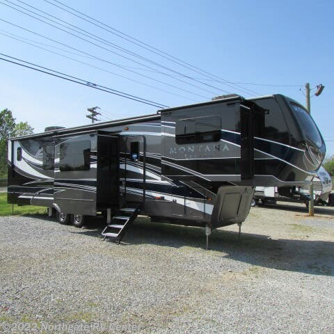 New 2021 Keystone Montana 3761FL available in Louisville, Tennessee