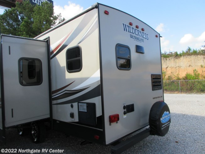 Used 2016 Heartland Wilderness WD 2575RK available in Ringgold, Georgia