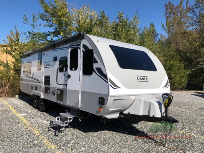 2020 Lance Travel Trailers 2465 by Lance from Parkview RV Center in Smyrna, Delaware