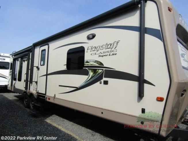 Used 2016 Forest River Flagstaff Classic Super Lite 832IKBS available in Smyrna, Delaware