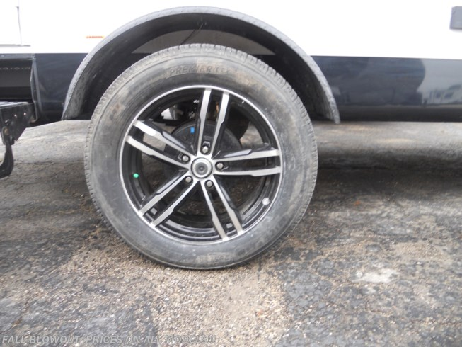 "18"" Michlein Tires with Custom Aluminum Wheels"